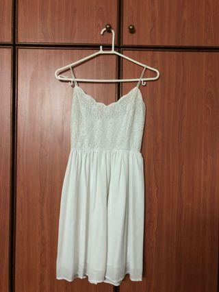 🚚 White Lace Dress