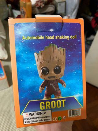 Groot automobile head shaking doll