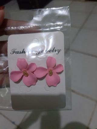 Anting Bunga Pink