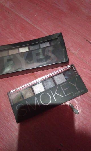 eyeshadow smokey focalure