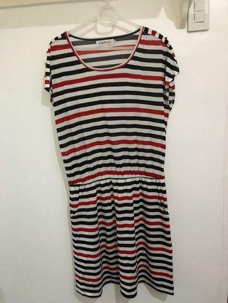 Striped black red and white knee-length dress