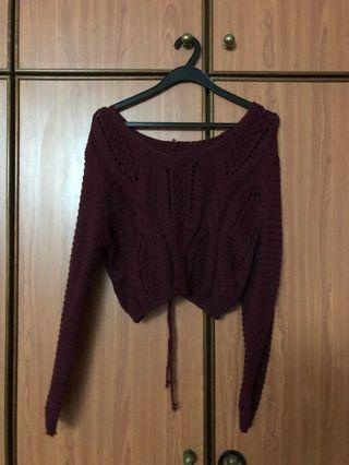 🚚 Knitted crop maroon top
