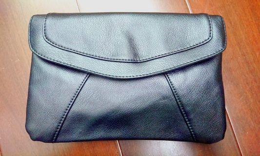 🚚 全新黑色斜背小包