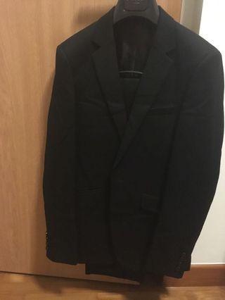 2x Black suits