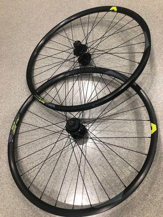 Giant 27.5 wheel set