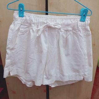 🚚 正韓 可穿到Xl不透的米白鬆緊腰短褲