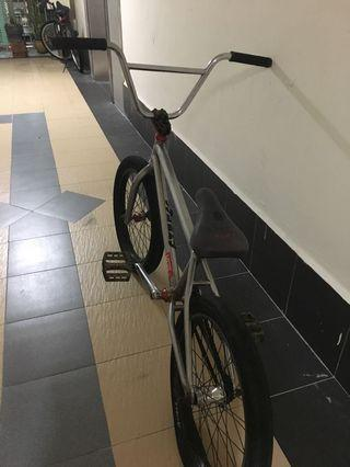 Cumstom bmx wethepeople