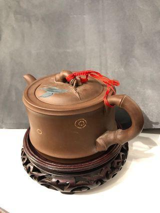 Zisha teapot, bamboo themed (紫砂壶: 竹子主题)