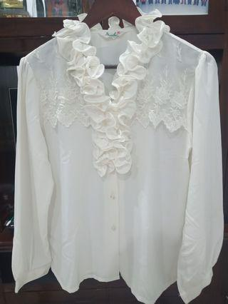 Blouse putih preloved import #cintaibumi