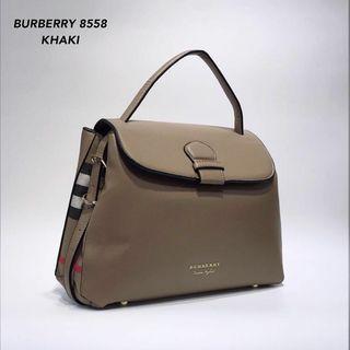 Burberry Grainy Medium Bag Khaki