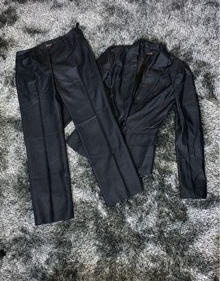 Elegant Blazer and Slacks Set - Fits XS-S body frame, in vey good condition, bought set at Php 3,000