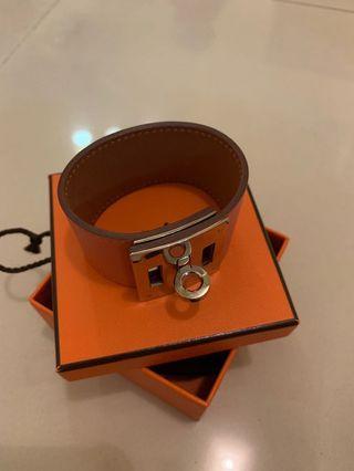 🚚 Hermes Bracelet Kelly Dog