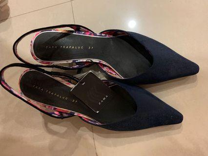Zara 尖頭鞋