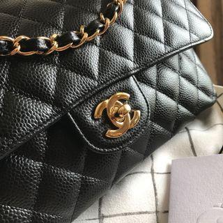 <SOLD> #22 BNIB Chanel Medium Caviar GHW classic double flap bag