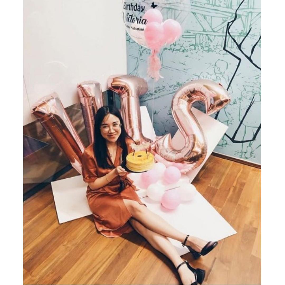 """40"""" Rose Gold Letter Foil Balloon"""