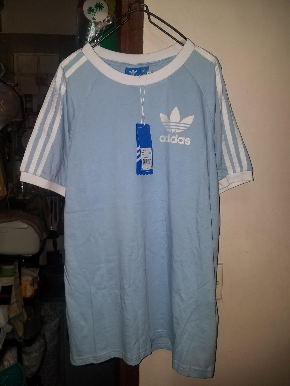 Adidas Tshirt 粉藍色寬鬆tee