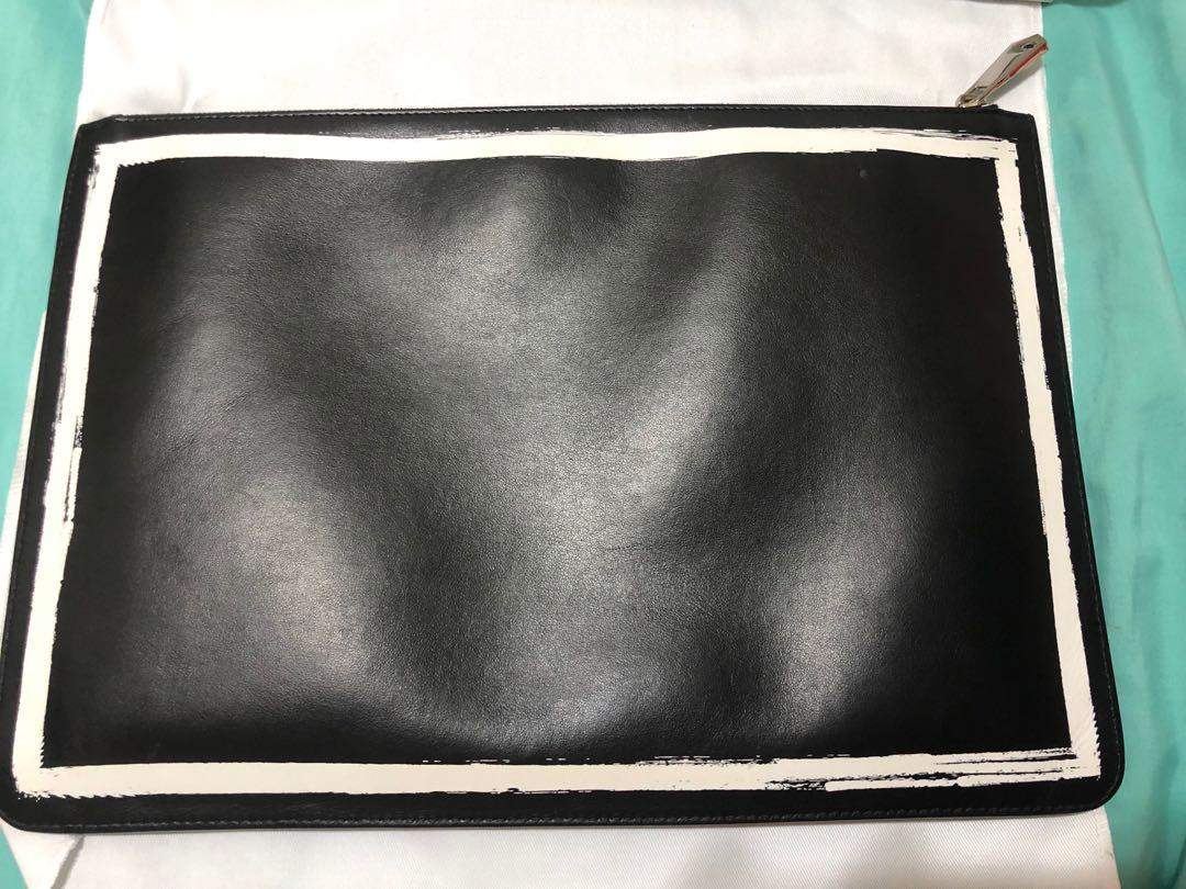 Authentic Clutch Givenchy