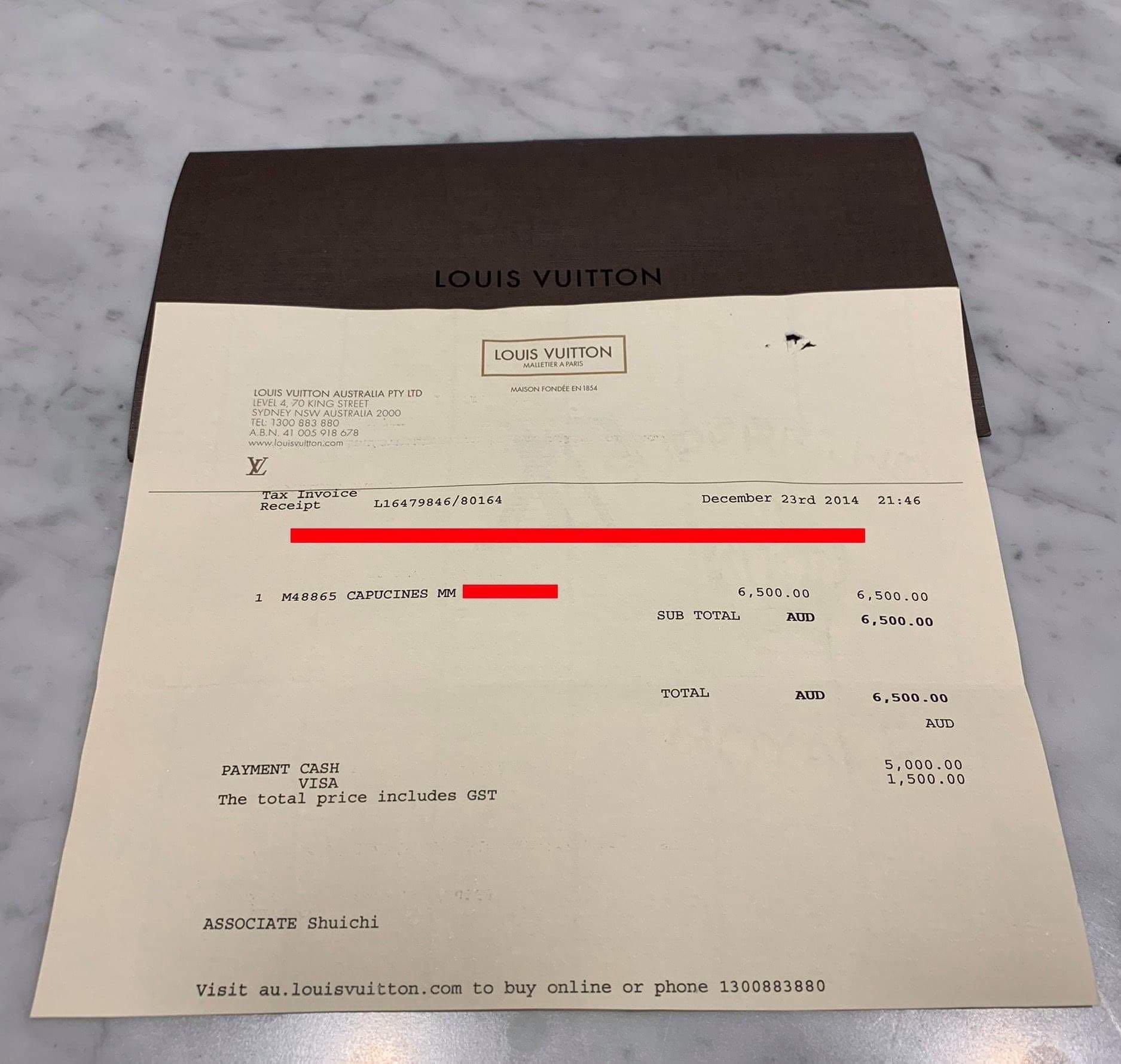 Authentic Louis Vuitton Blanc Capucines MM Handbag