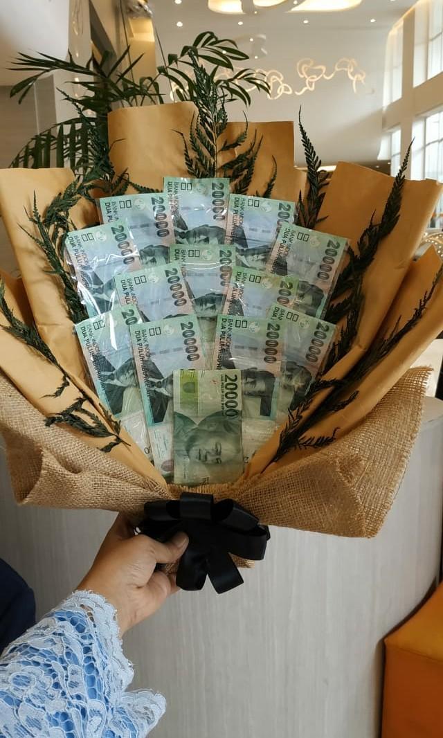Bucket uang
