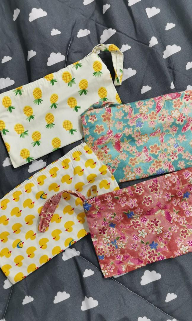 Cute prints wristlet pouch