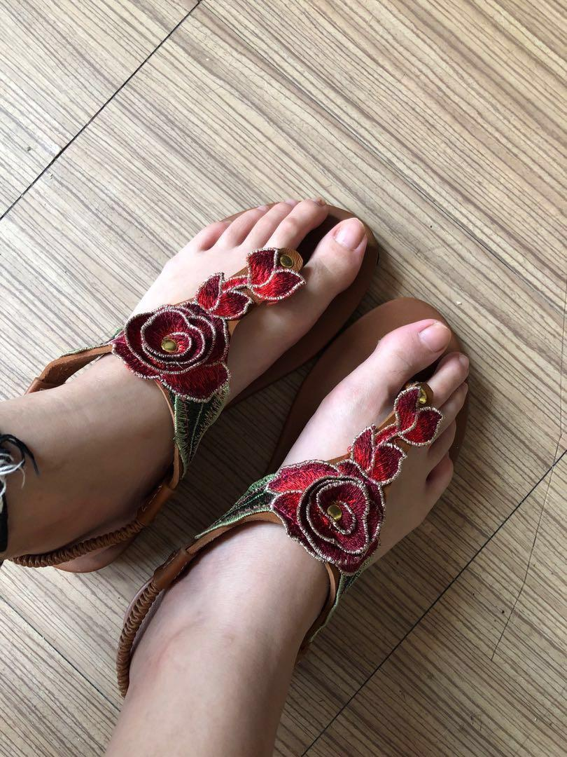 Carousell Floral Red On Floral Sandals Red sdtrhBoCxQ