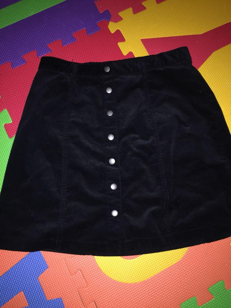 Forever 21 black corduroy button up skirt