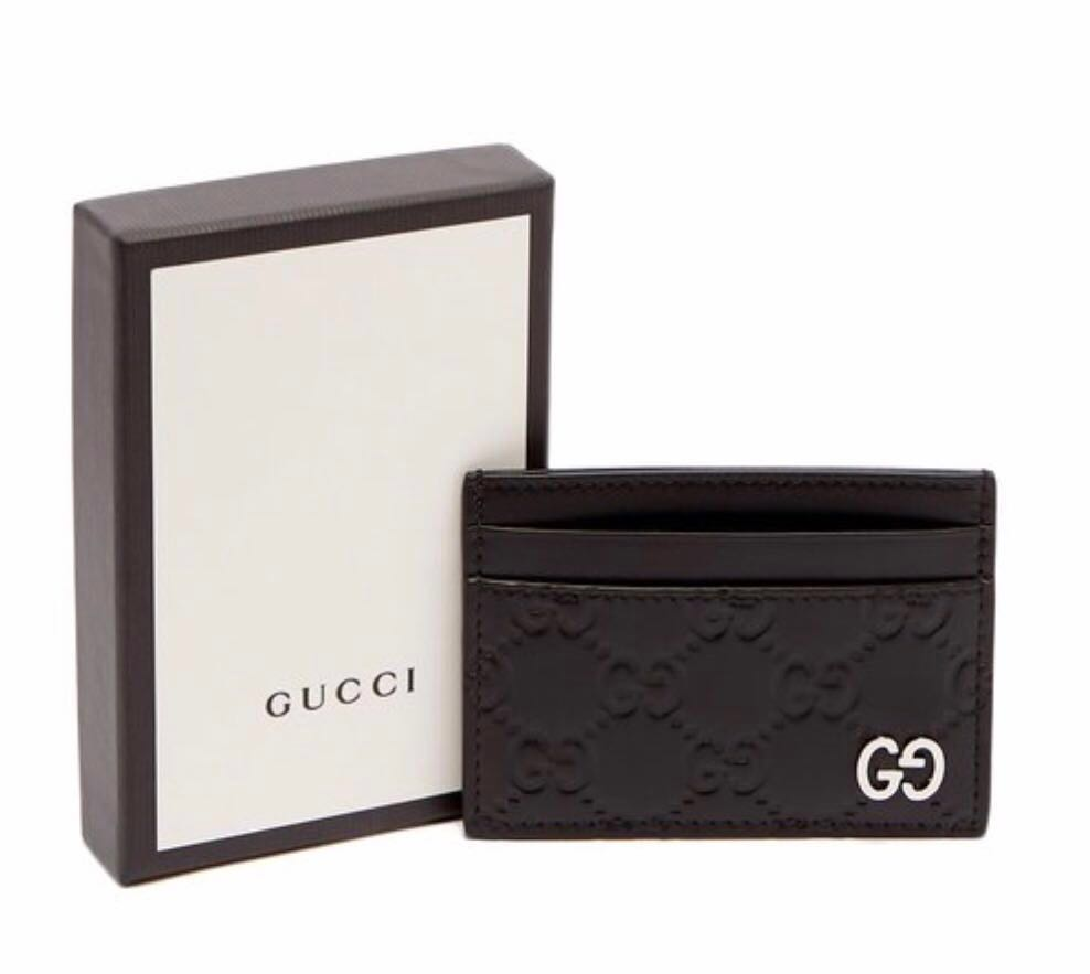 4916a21dfebc26 Gucci GG-Debossed Leather Cardholder, Men's Fashion, Bags & Wallets,  Wallets on Carousell