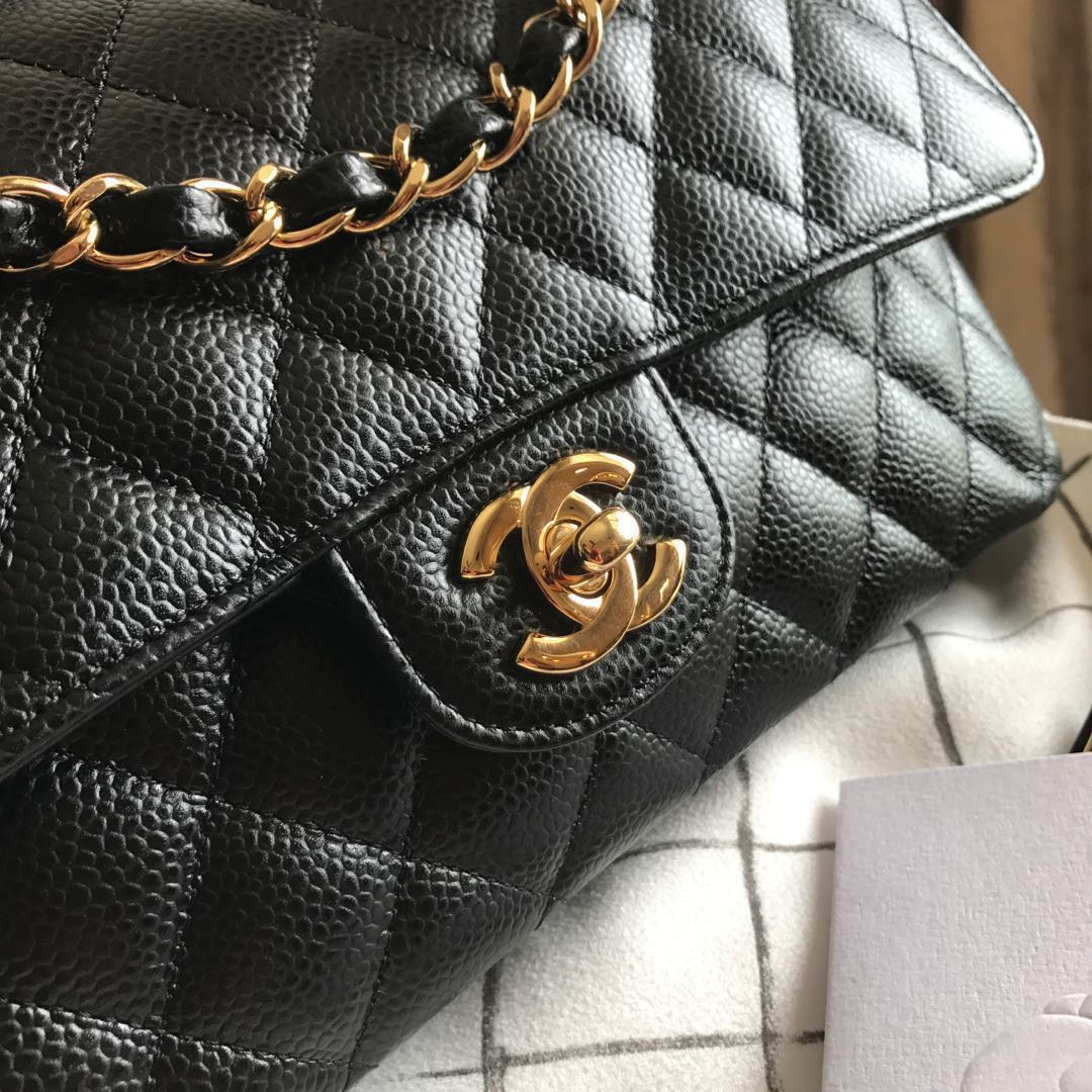140016abc3e0 SOLD   22 BNIB Chanel Medium Caviar GHW classic double flap bag ...