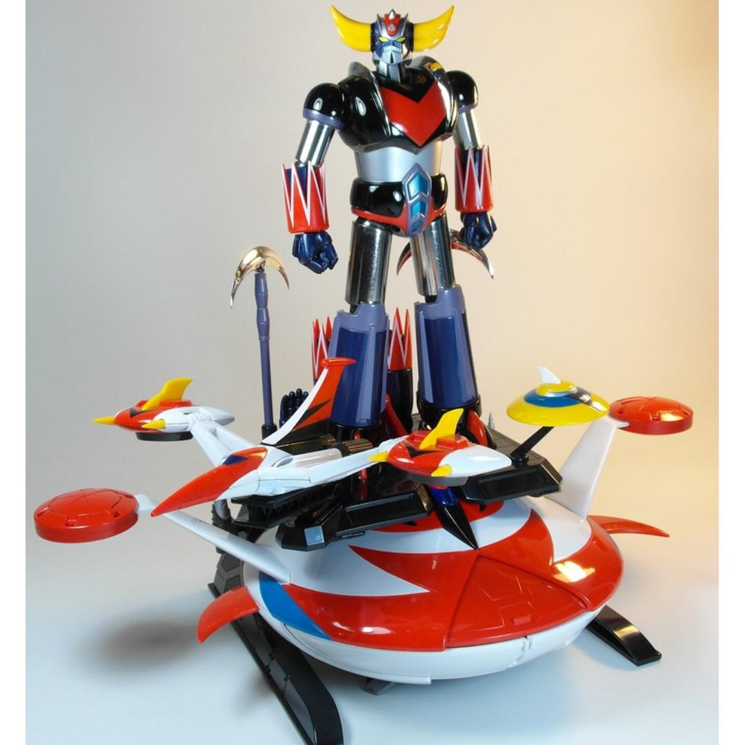 Soul Of Chogokin GX-04 UFO ROBOT Grendizer Diecast Figure
