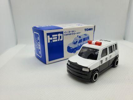 Tomica Toyota bB 警車