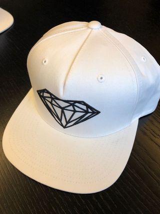 🚚 Diamond 帽子可調整 9.9成新
