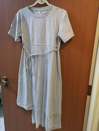 Grey dress with tulle and ribbon tie