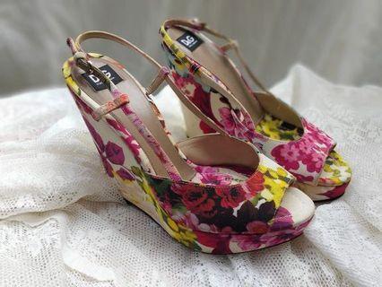 Dolce n gabana heels