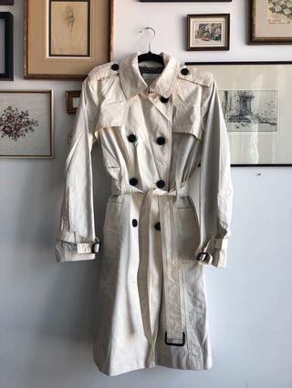 Banana Republic trench - size M