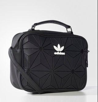 🚚 (Last) Adidas issey miyake sling bag