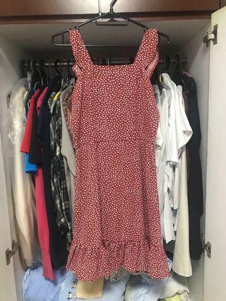 🚚 playdress red flutter/ruffles polka dot dress