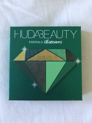 BRAND NEW Huda Beauty Emerald Palette