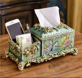 Porcelain Tissue Box - Flowers on Classics