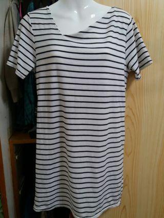 🚚 全新高質感斜領橫條紋棉質洋裝