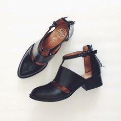 Jeffrey Campbell Carina Cutout Boots Size 5.5