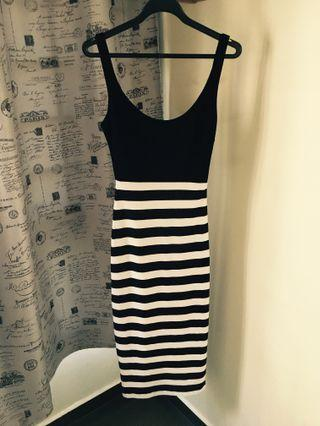 Bodycon long dress black and white stripes