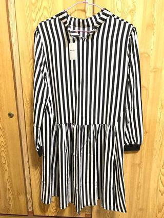 🚚 黑白條紋長袖洋裝