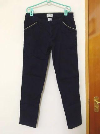 🚚 CACO 加州椰子 深藍修身老爺褲