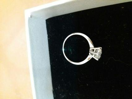 Sp經典六爪鋯石戒指
