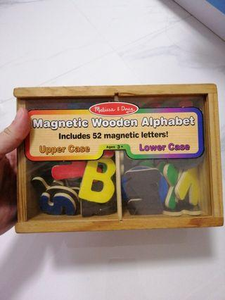 🚚 Melissa and doug Magnetic wooden alphabet