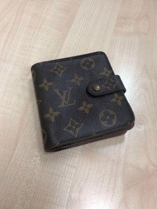 🚚 LV Wallet