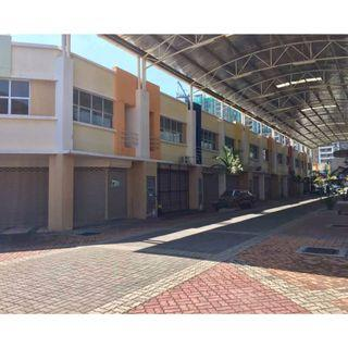 Value buy 2 storey cluster shop Bandar Puncak Alam