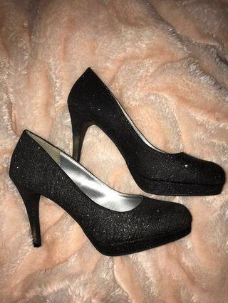 Sparkly black heels ✨