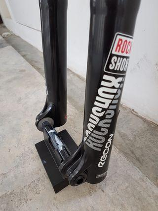Brand new rockshox 2018 model recon boost 130mm 29er 15x110 tapered
