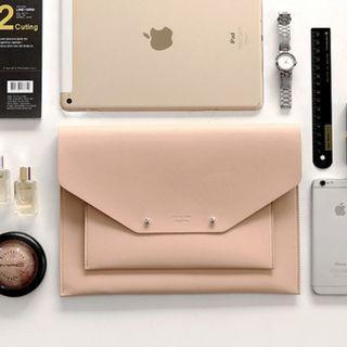 Women Korean Trend Leather Ipad Storage and Travel Handbag [Black/BlackWhite/Brown/NavyWhite/Pink]